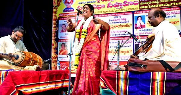 Harikatha: Traditional art of story-telling in South India