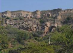 mandalgarh-fort-bhilwara