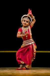 shrinika_performing_abhinaya_kede_chhanda_janilu_tuhi